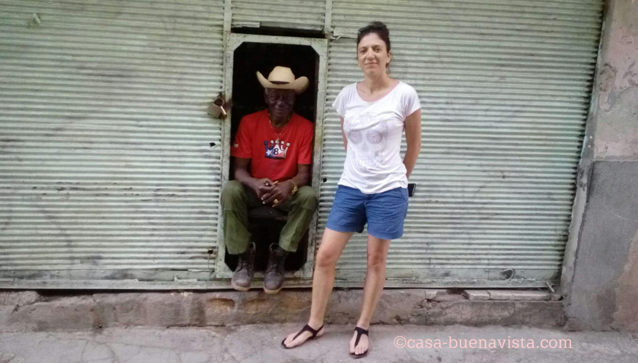 Me and Raúl Portillo devant sa bodega de La Havane